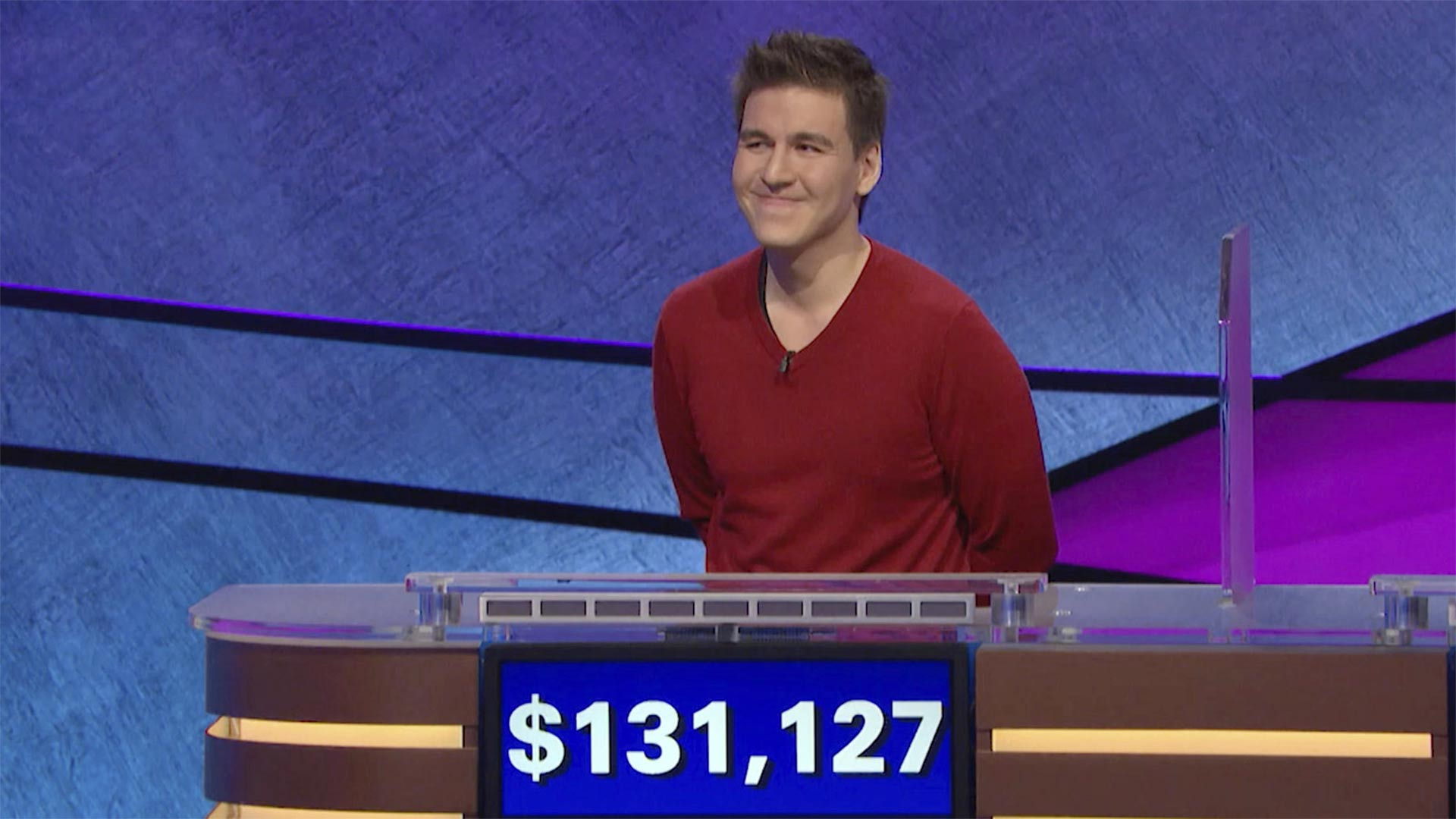 Professional sports gambler James Holzhauer won $131,127 during a Jeopardy! show that aired Wednesday night, breaking his previous record.