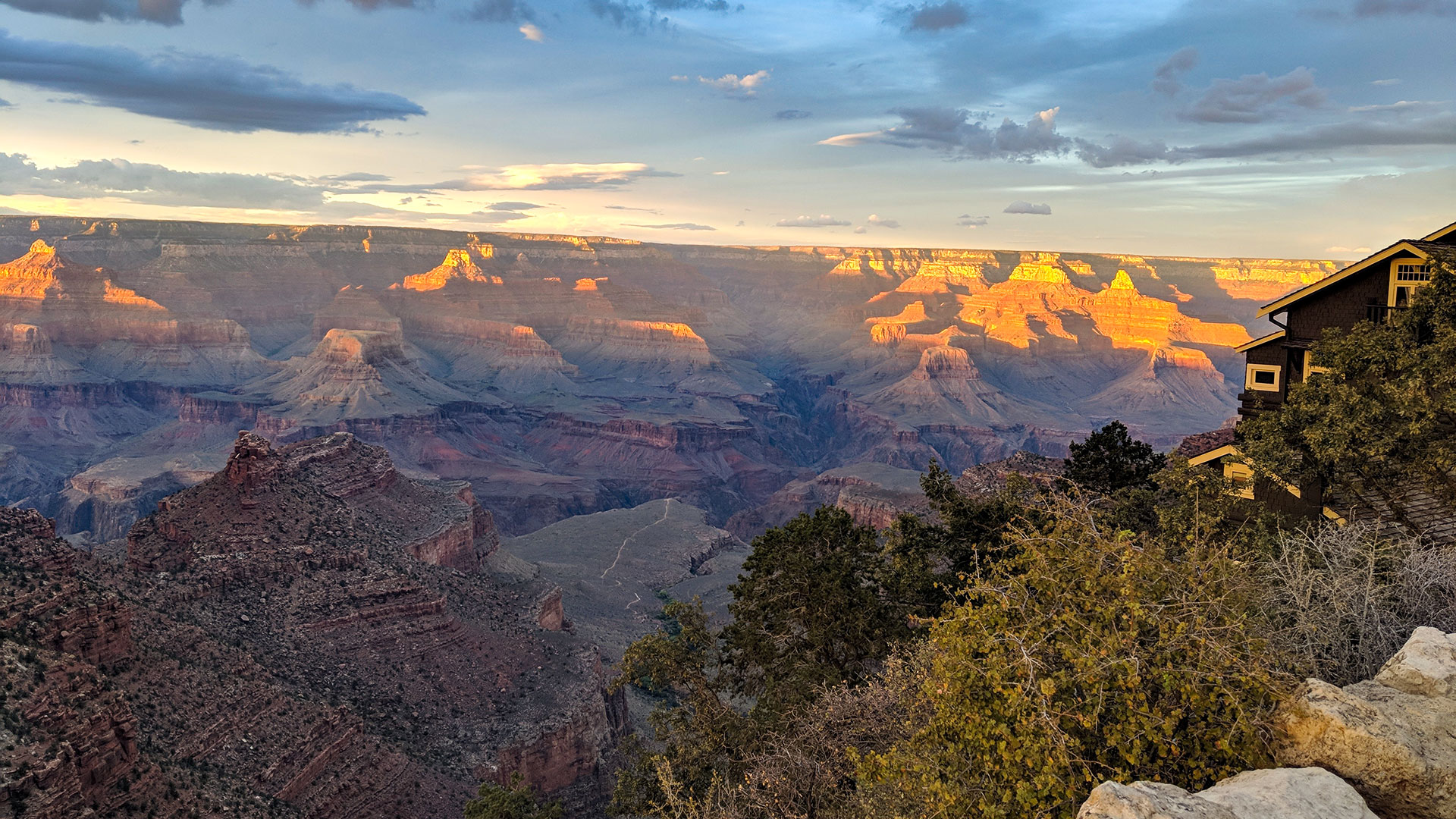 A view from the South Rim of the Grand Canyon, next to the Kolb Studio.