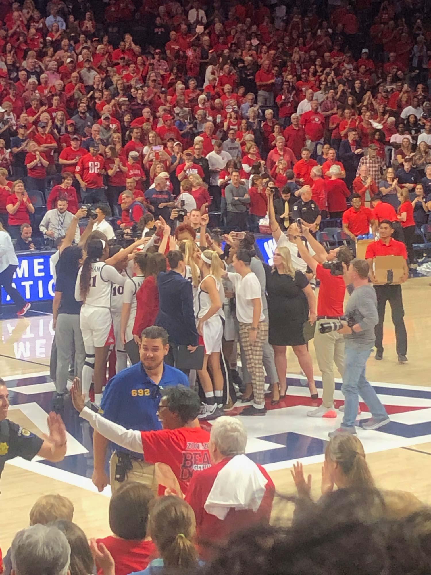 UA Women's basketball celebration