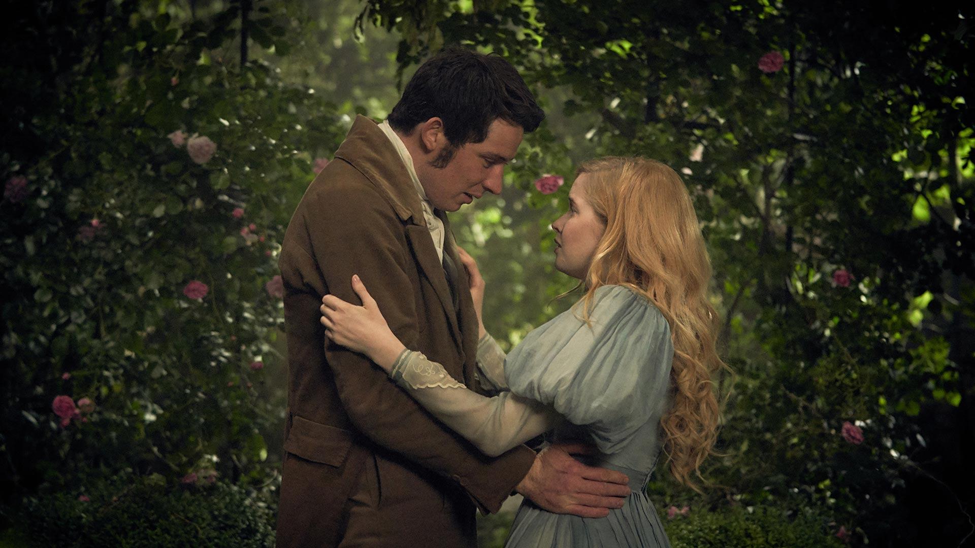 Marius (JOSH O'CONNOR), Cosette (ELLIE BAMBER)