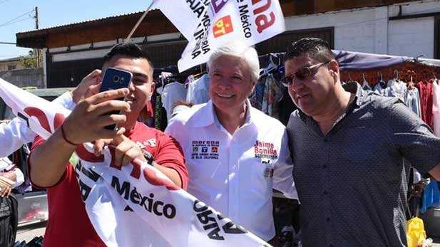 Jaime Bonilla (center) during his campaign, running for governor of Baja California state, Mexico.
