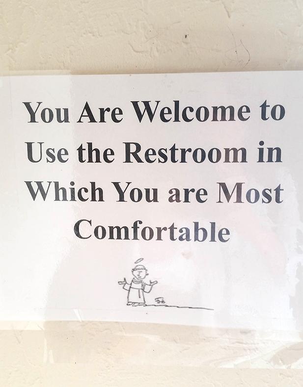 gender border ep 5 restroom