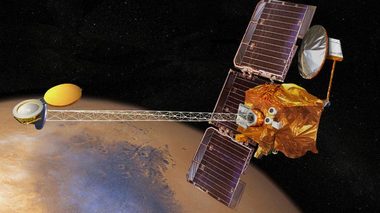 Mars Odyssey spacecraft distance learning