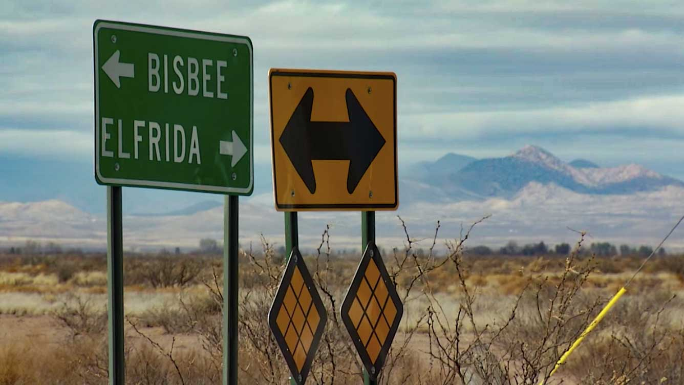 A highway sign between Bisbee and Elfrida in Cochise County, 2016.