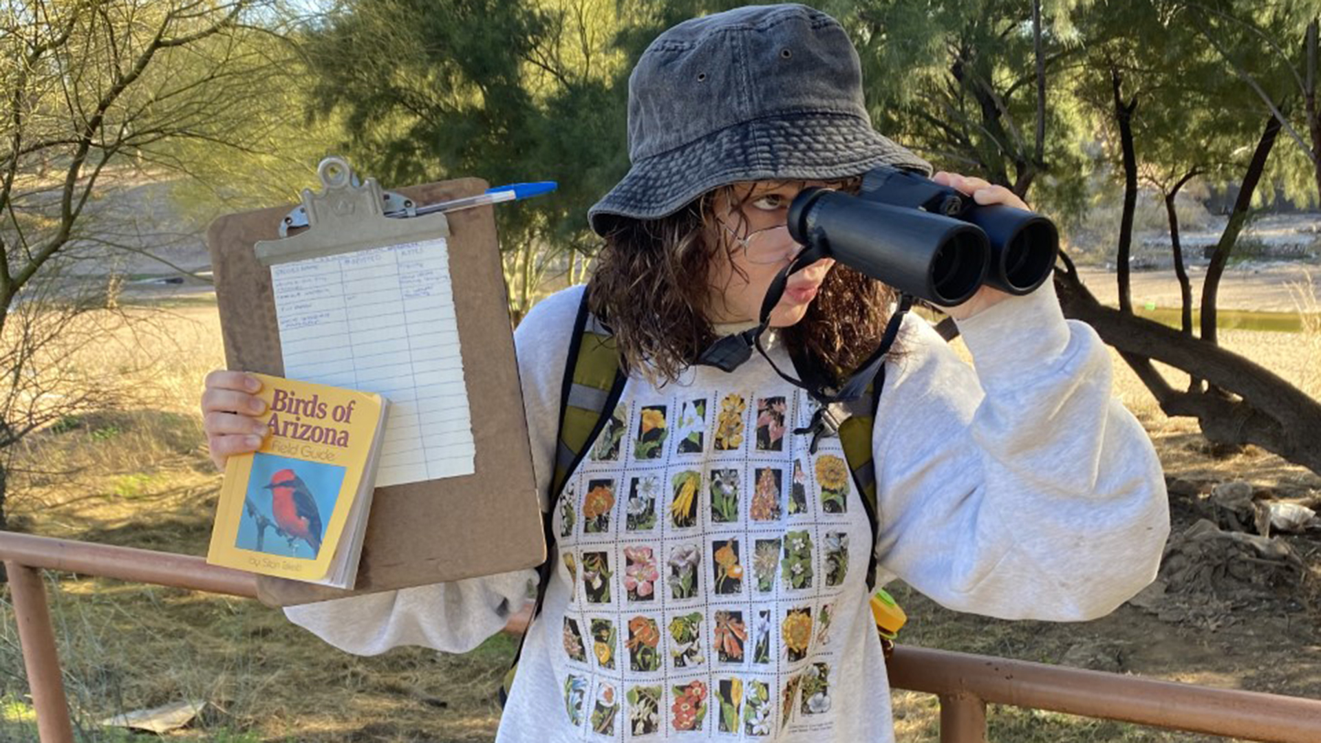 Madison, birdwatcher Hero
