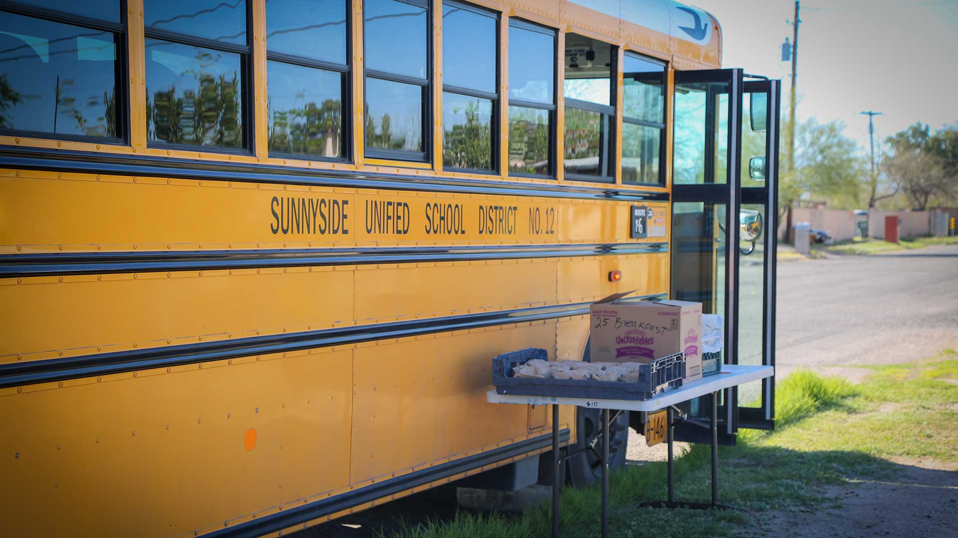 sunnyside meals bus