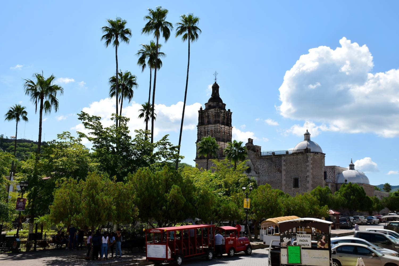 alamos plaza