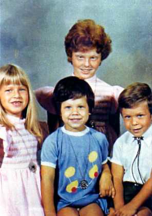 Judy Ben-Asher family portrait unsized