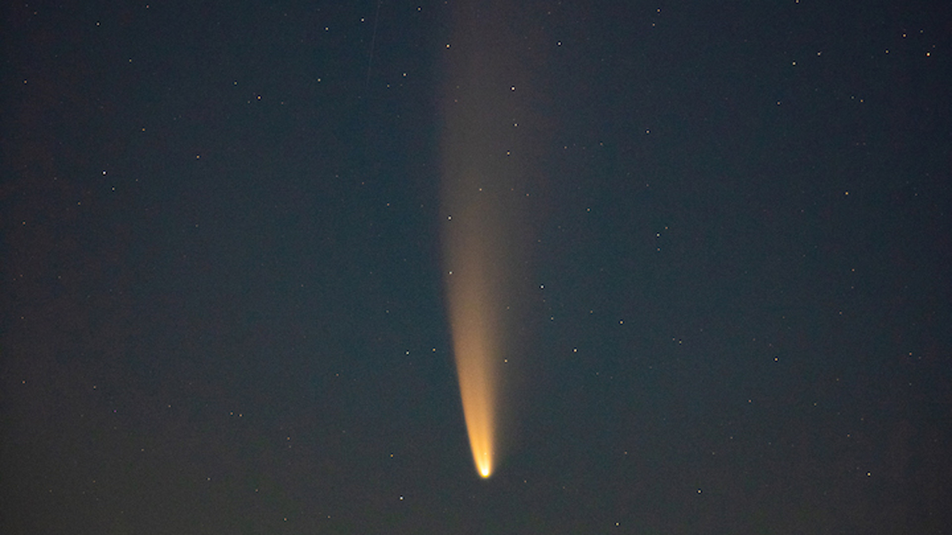 Image of Comet Neowise.