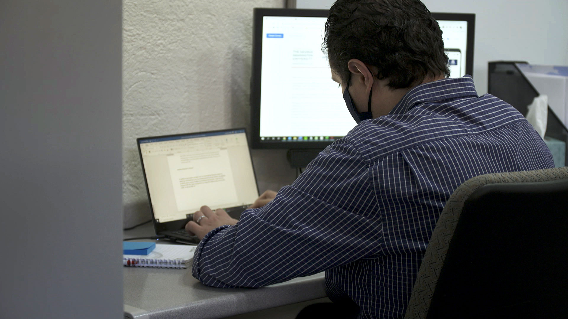 Santiago Castiello-Gutiérrez works on his computer at the University of Arizona on July 28, 2020. Castiello-Gutiérrez is an international student working toward his Ph.D. in higher education.