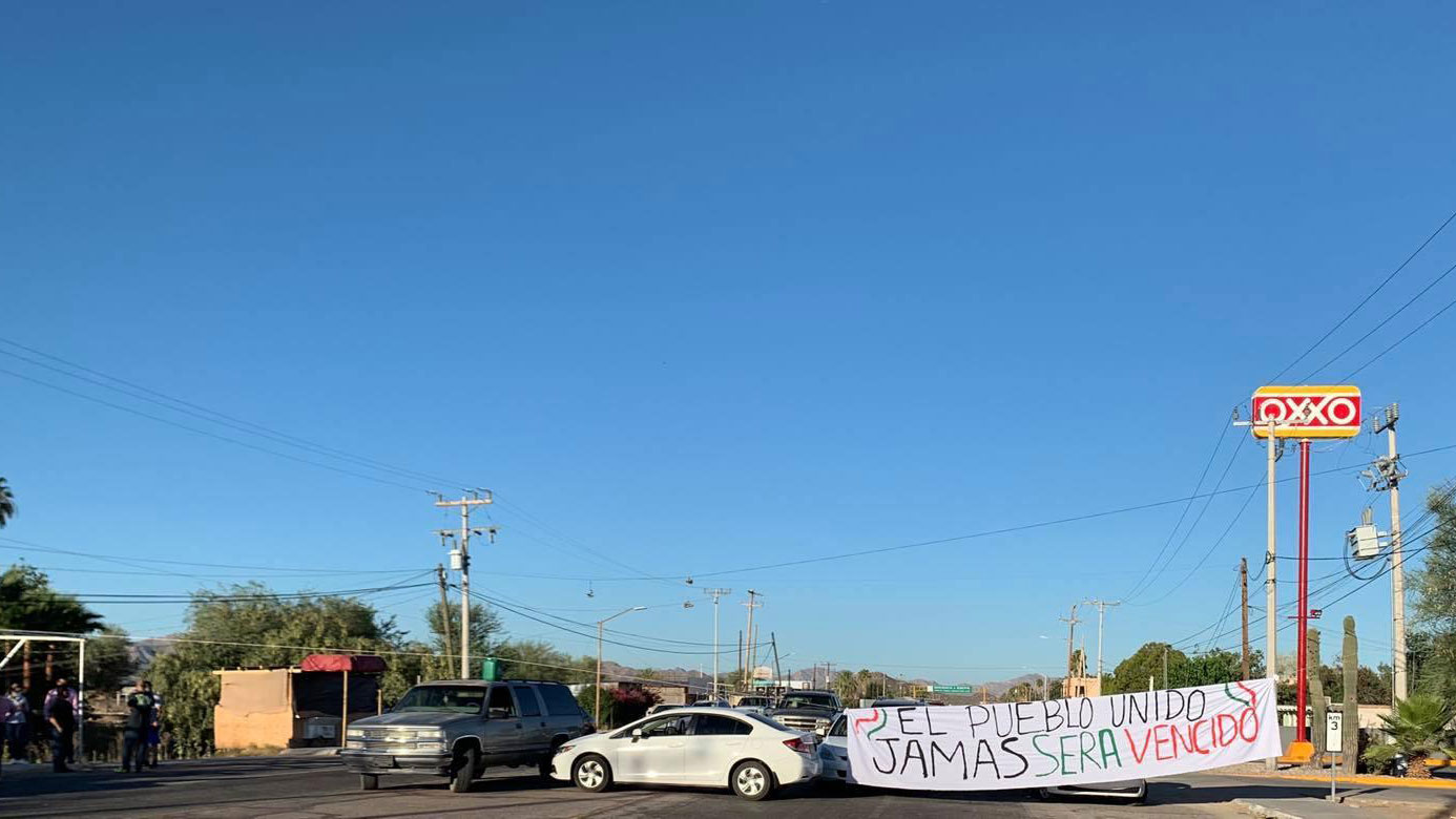 Demonstrators in Sonoyta, Sonora are blocking southbound tourists from entering Mexico at the Lukeville-Sonoyta port of entry over coronavirus concerns.