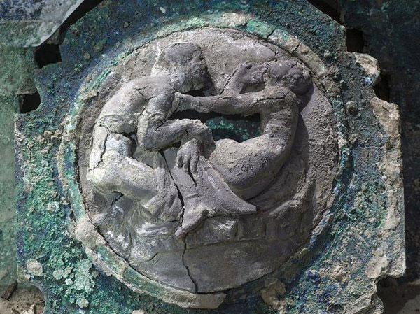npr news pompeii chariot 2