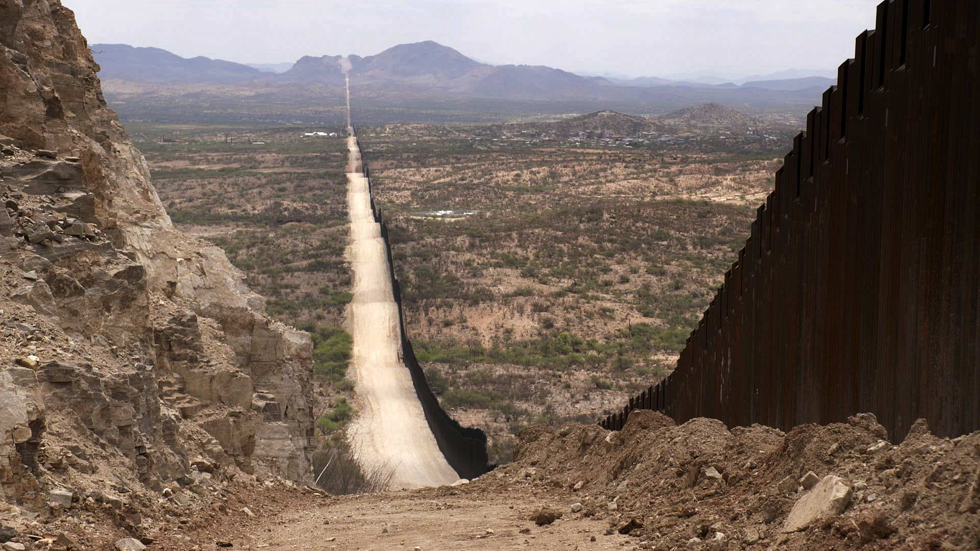 A view of newly-constructed border fencing in Sasabe. June 2021.