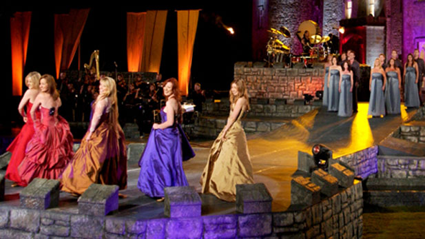 This performance was recorded at historic Slane Castle in County Meath, Ireland.