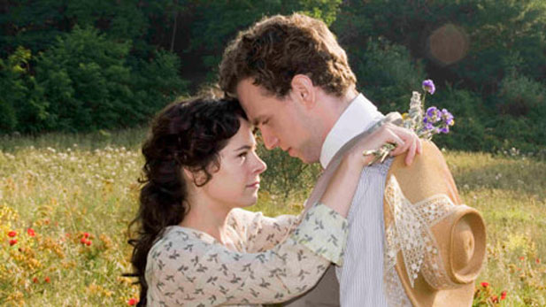 Elaine Cassidy as Lucy Honeychurch and Rafe Spall as George Emerson.
